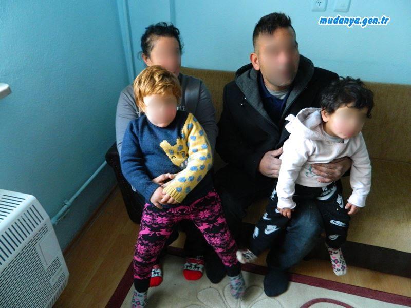 Konteynerda Yaşayan Aile Sıcak Evlerine Kavuştu